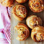 Makkelijke kaasbroodjes voor bij de borrel