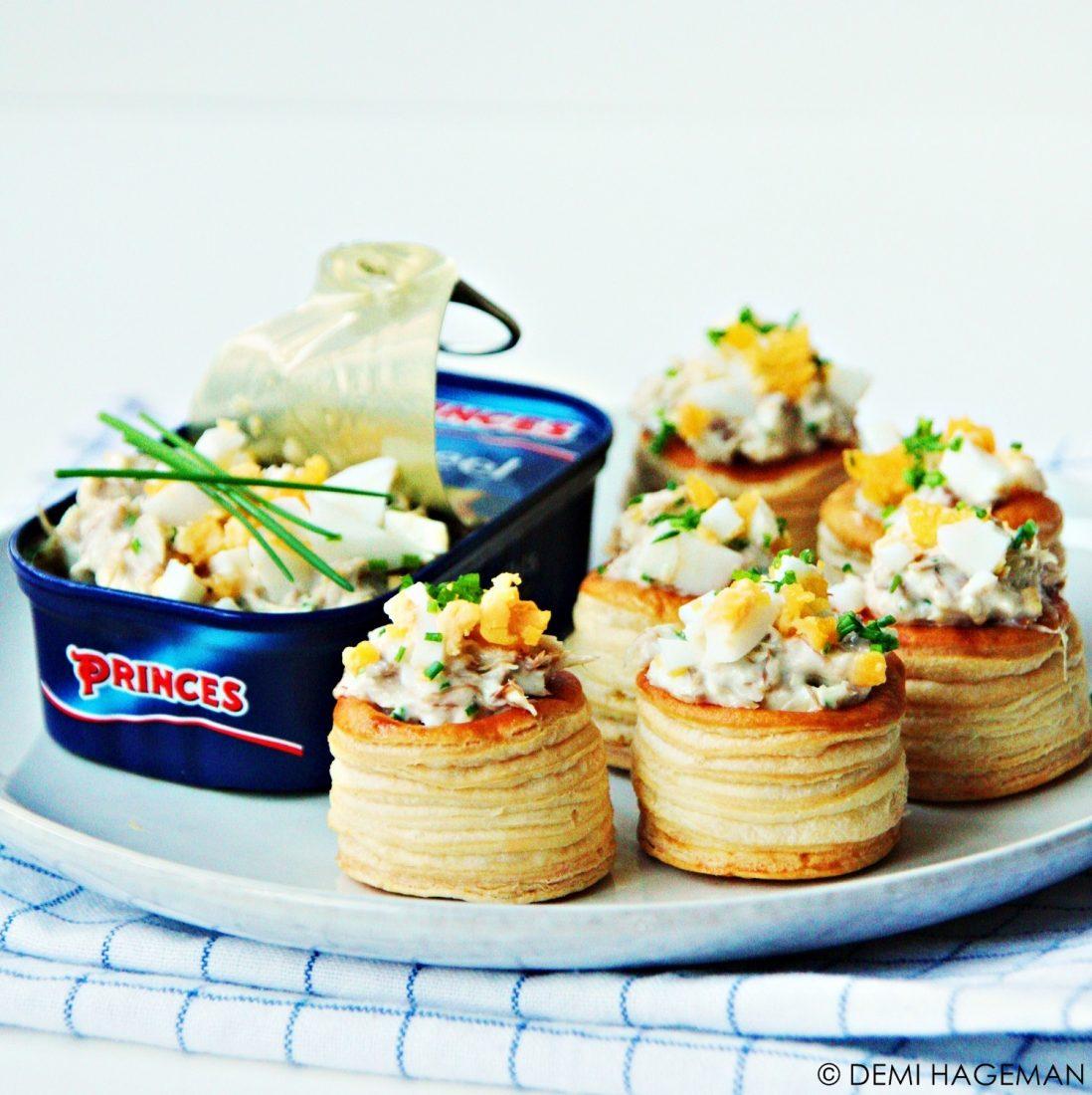 mini vispasteitjes met makreel en ei