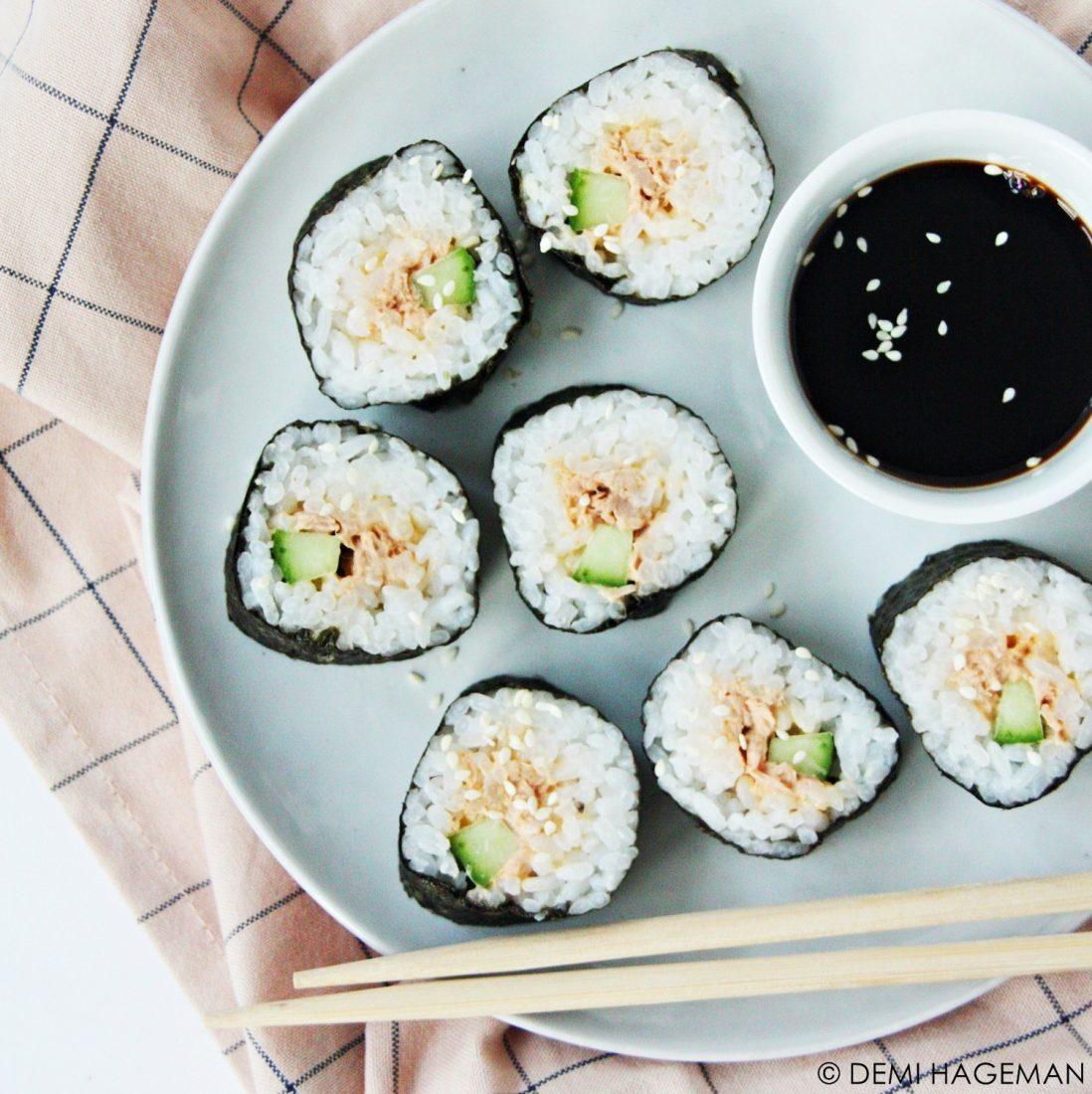 maki sushi met pittige tonijn