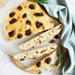 Brood met zongedroogde tomaten - makkelijk recept zonder kneden