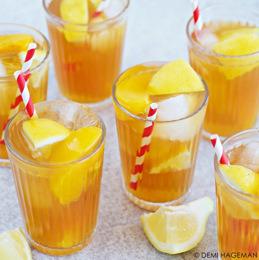 Ijsthee recept met perzik en citroen